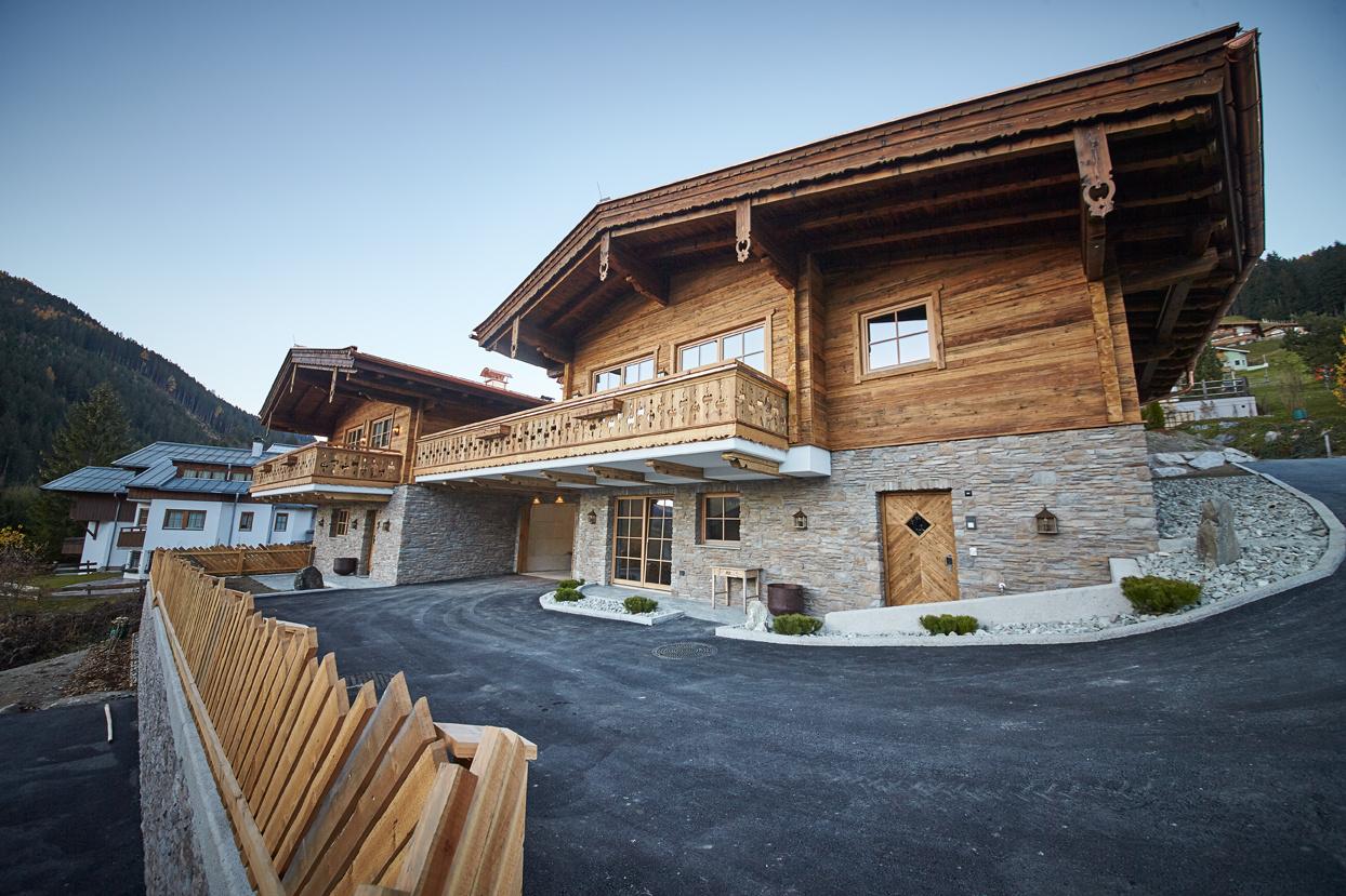 Panorama Luxury Chalet Smaragd In Saalbach Holidayflats24